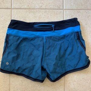 Lululemon run shorts size 6
